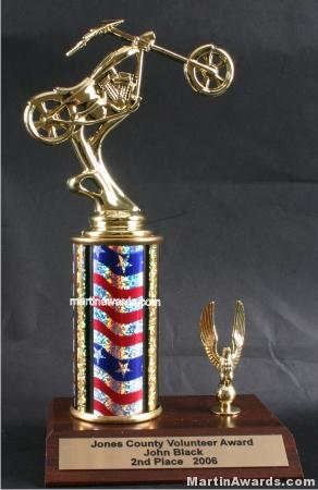 Red/White/Blue Single Column Chopper Motorcycle With 1 Eagle Trophy 1