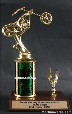 Green Single Column Chopper Motorcycle With 1 Eagle Trophy