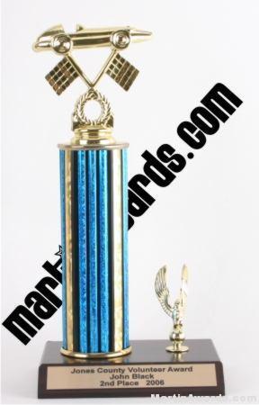 Blue Single Column Pinewood Derby Car With 1 Eagle Trophy